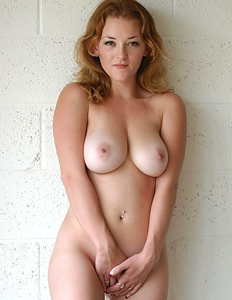 Nude ginger shows herself