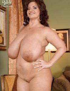 Huge boobs Maria Moore after good cock suck