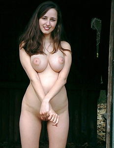 Nude babe with big bosoms