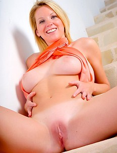Sexy boobed blonde got dildo