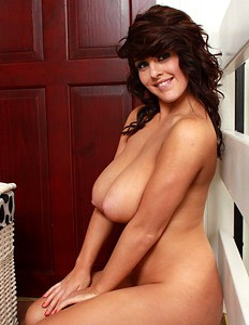 She has big bouncy boobs